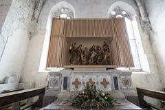 L'église du ` Andrea Apostle de Sant dans Venzone image libre de droits