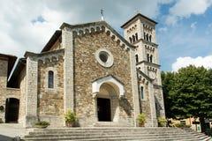 L'église du castellina dans le chianti italien dedans photographie stock