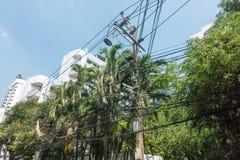 L'électricité de câble de ligne électrique câble la communication photo stock
