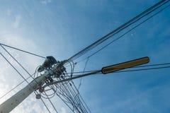 L'électricité de ligne électrique Photographie stock libre de droits
