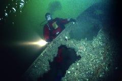 L'épave de l'impératrice de revêtement d'océan de l'Irlande dans le St Lawrence River image libre de droits