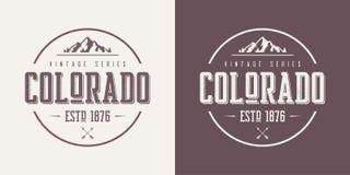 L'état du Colorado a donné au desig une consistance rugueuse de T-shirt et d'habillement de vecteur de vintage illustration libre de droits