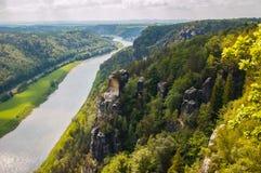 L'Île d'Elbe et le ` de Wartturm de ` de roche Image stock