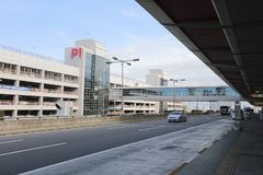 l'aéroport de Haneda au crépuscule Images libres de droits