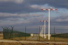 L'aéroport international de Francfort (FRA) - piste d'atterrissage s'allume Photos libres de droits