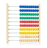L'abaque coloré en bois badine le jouet d'isolement Photographie stock libre de droits
