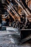L'abbandonato Westinghouse sottoalimenta gli alimentatori - vecchia distilleria abbandonata del corvo - il Kentucky immagine stock libera da diritti