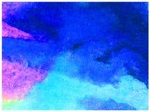 L'abrégé sur fond d'art d'aquarelle a donné à des nuages une consistance rugueuse d'air de ciel Image libre de droits