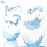L'acqua spruzza su fondo blu trasparente Fotografie Stock Libere da Diritti