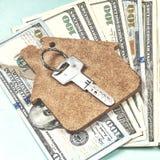 L'acquisto di alloggio sul credito Fotografie Stock Libere da Diritti