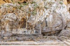 L'Acropole de Lindos - un bateau sculpté dans la roche images stock