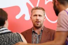 L'acteur Ryan Gosling assiste au premier ` d'homme de ` photo stock