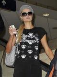 L'actrice Paris Hilton est vue chez LAX photographie stock