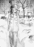 L'adolescente triste cammina nell'iarda nell'inverno Fotografia Stock Libera da Diritti
