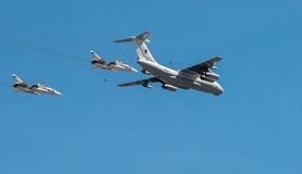 L'aereo diserba la parata di una vittoria a Mosca Fotografia Stock Libera da Diritti