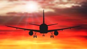 L'aereo passeggeri sta volando, contro lo sfondo del tramonto Vettore della siluetta dell'aeroplano illustrazione vettoriale