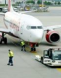 L'aeroplano di Berlino dell'aria ottiene un assegno in su Immagine Stock Libera da Diritti