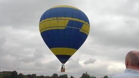 L'aerostato di aria calda photgrphed al Bealton, esposizione di aria del circo di volo di VA video d archivio