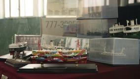 l'affichage modèle de bateau dans l'étalage photographie stock libre de droits