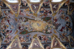 L'affresco sul soffitto della chiesa francescana dell'annuncio a Transferrina Fotografia Stock