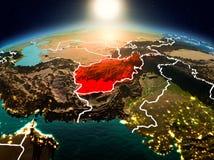 L'Afghanistan dans le lever de soleil de l'orbite Images stock