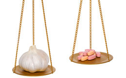 L'aglio è migliori allora pillole Fotografia Stock Libera da Diritti