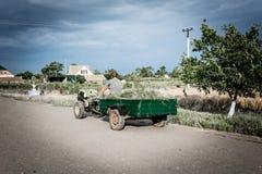 L'agricoltore sul trattore Fotografia Stock Libera da Diritti