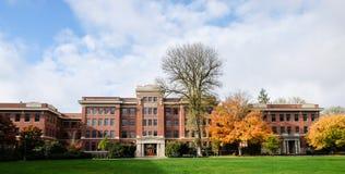 L'agriculture historique Hall de brin sur l'état Univers de l'Orégon Photographie stock libre de droits