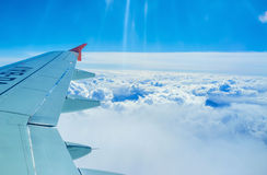 L'aile au-dessus des couds Photographie stock
