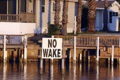 L'airone su nessun risveglio firma dentro il canale del Isabel della porta Immagine Stock Libera da Diritti