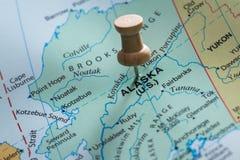 L'Alaska a marqué sur une carte photographie stock libre de droits