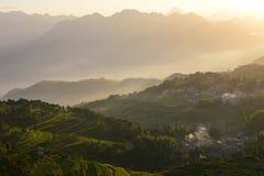 L'alba al bello terrazzo del riso sistema in Mingao fotografia stock