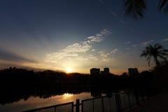 L'alba bella e cielo con la nuvola Immagini Stock