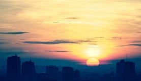 L'alba di paesaggio urbano, attraversa elaborato fotografia stock