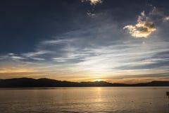 L'alba sul lago Erhai Immagine Stock