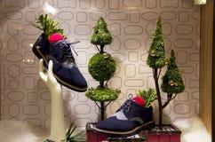 L'albero di Natale accende il grande magazzino Immagini Stock