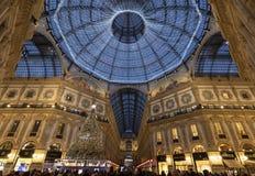L'albero di Natale nella galleria Vittorio Emanuele immagine stock