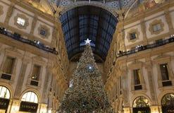 L'albero di Natale nella galleria Vittorio Emanuele immagine stock libera da diritti
