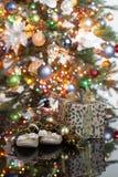 L'albero di Toy And New Year immagini stock libere da diritti