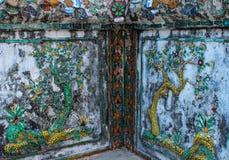 L'albero nelle pareti del tempio Fotografia Stock