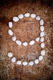 '9' l'alfabeto di numero ha fatto la pietra di bianco della forma Immagini Stock Libere da Diritti