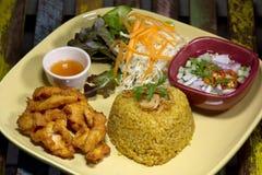 L'alimento del pollo fritto di Kgawhmk decora Fotografie Stock Libere da Diritti