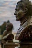 L'allée des héros dans la ville de Medyn, région de Kaluga, Russie photographie stock