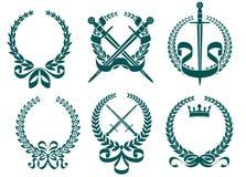 L'alloro si avvolge con araldica royalty illustrazione gratis