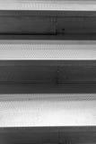 L'alluminio fa un passo fondo di lerciume di struttura della scala Fotografia Stock Libera da Diritti