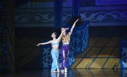 """L'allungamento dei fiori blu -  di Nights†dei """"One mille ed uno di balletto Fotografia Stock Libera da Diritti"""