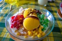 L'alone tradizionale di alone del dessert di Filippine Fotografie Stock