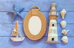 L'alta immagine chiave del concetto nautico di vista superiore con stile di vita nautico obietta Fotografia Stock