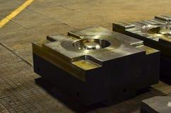 L'alta precisione muore muffa per fondere le parti di alluminio automobilistiche fa con l'acciaio del metallo del ferro fotografie stock