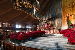 L'altare alla basilica della nostra signora di Guadalupe in Città del Messico Fotografia Stock